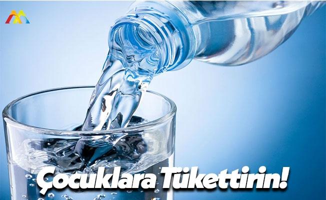 Anne Babalar Çocuğunuzun Su Tüketimini Takip Edin!