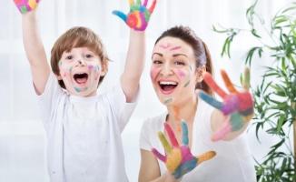 Ebeveynlerin Çocuklarla İletişim Kurarken Dikkat Etmesi Gerekenler