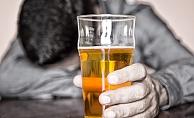 Alkol Kullanımı Çocukları Kendisine Çekiyor