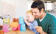 Anne ve Çocuk Arasında Oyun Oynamak Ve Eğlenmenin Önemi