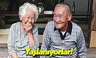 Bu Ülke Sürekli Yaşlanıyor, Gençler Evlenmiyor!