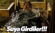 Ortodoks Hristiyanlar Soğuk Suya Girdi!